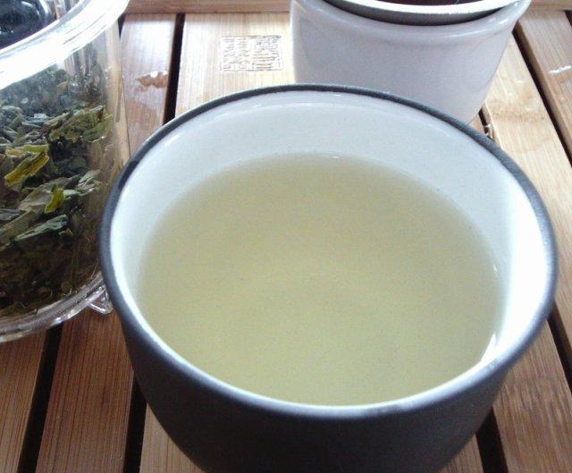 Longjing tea in the cup