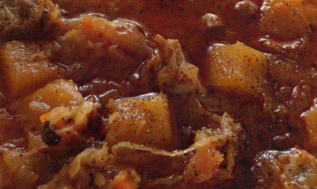 Spicy & herby pork casserole