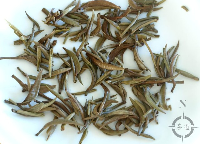 Silver Needle tea leaves after 8 infusions