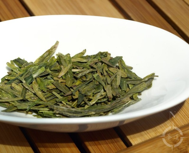West Lake Longjing tea leaves