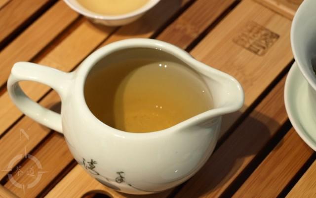 Bu Lang Sheng Pu-erh tea