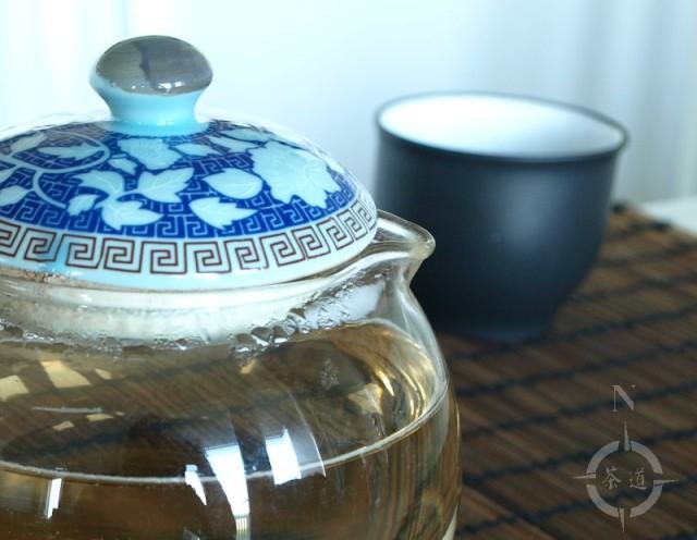 a pot of Silver Needle tea