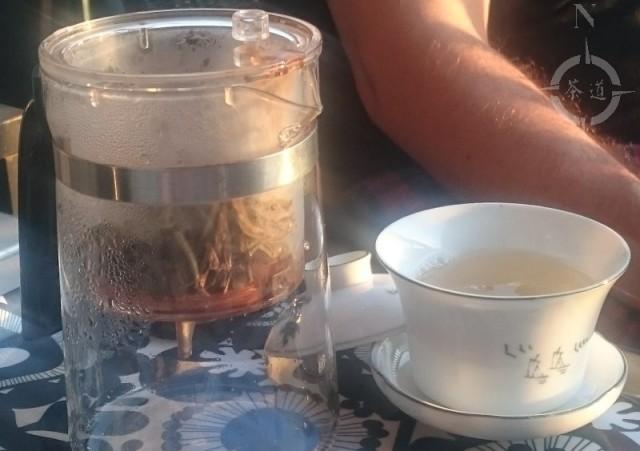 silver needle tea on the balcony
