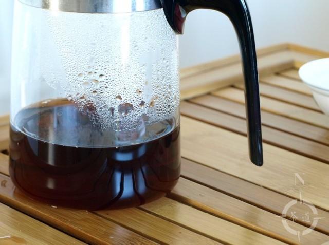 2003 meng hai factory shou pu-erh - in the samadoyo tea pot