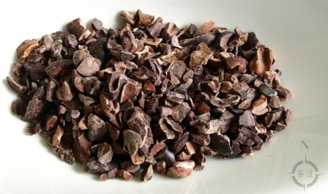 Chocolate Shou Pu-erh - the cacao nibs