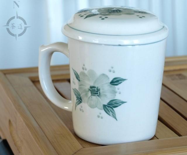 Chinese tea mug