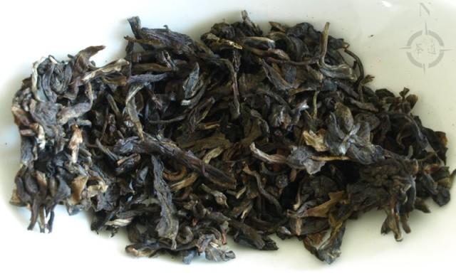 2015 Menghai Jia Ji Tuo - dry leaves