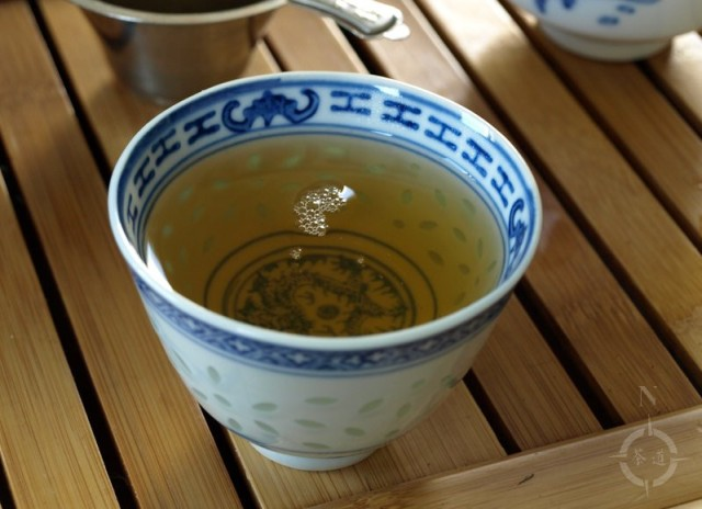 2018 Mengku Tea Factory Spring Tips - a cup of