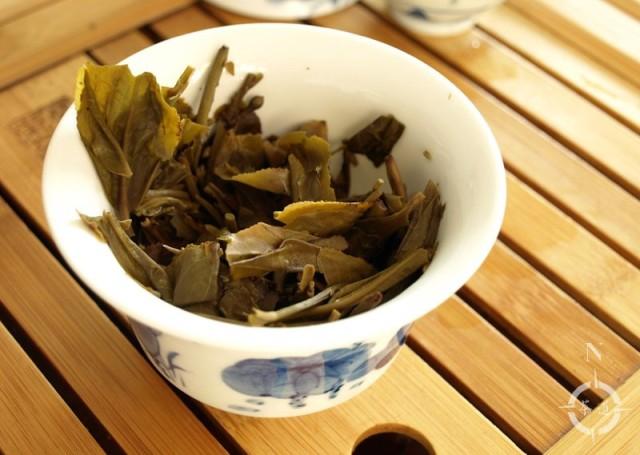 2018 Mengku Tea Factory Spring Tips - used leaves