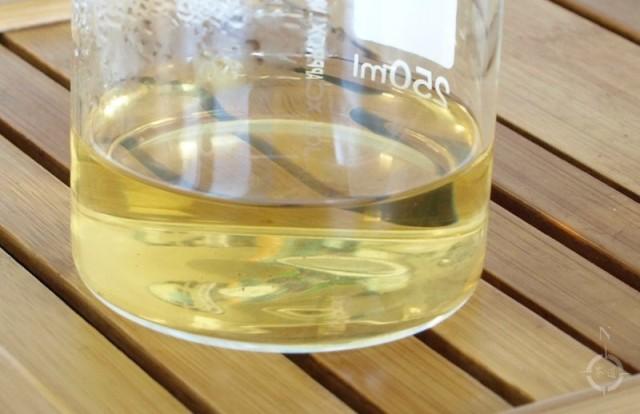 Simply Tea Hei Tiao Zi - beaker of