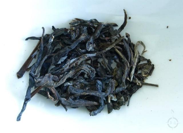Simply Tea Hei Tiao Zi - dry leaf