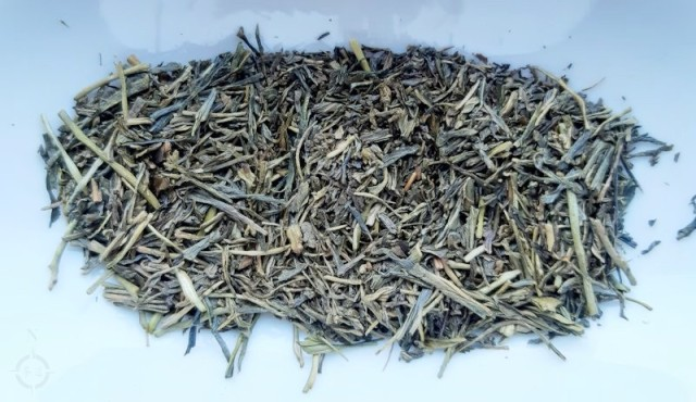 roasted gyokuro - dry leaf after
